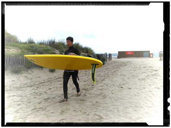 Surf in yellow